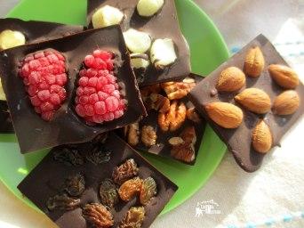 Receita/Recipe: https://arquetipicocozinhainusitada.wordpress.com/2017/01/13/chocolate-manteiga-de-cacau-cacao-butter/