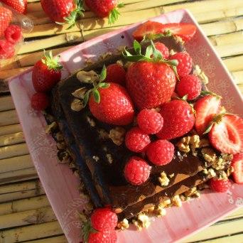 Receita/Recipe: https://arquetipicocozinhainusitada.wordpress.com/2017/06/16/chiffon-de-chocolate-sem-gluten-e-sem-acucar-gluten-free-and-sugar-free-chocolate-chiffon-cake/