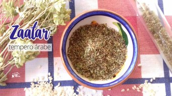 Receita/Recipe: https://arquetipicocozinhainusitada.wordpress.com/2018/11/13/zaatar-tempero-arabe